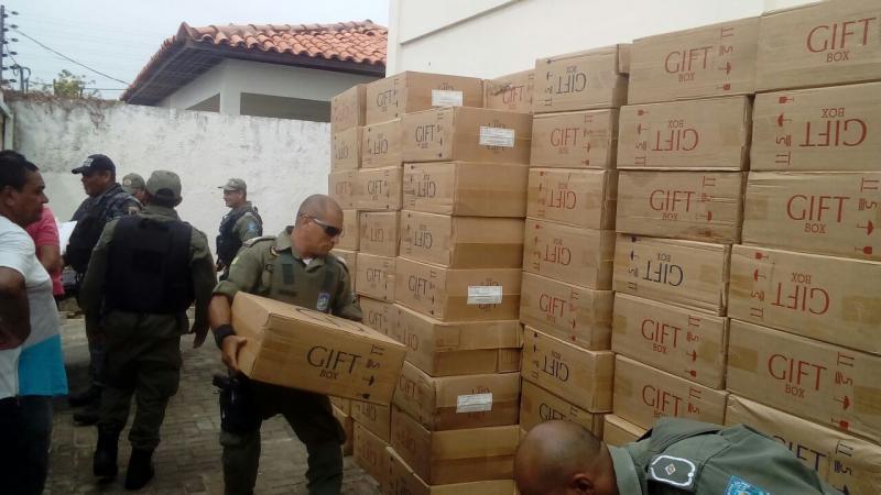 Ex-policiais são presos com carga roubada em Teresina