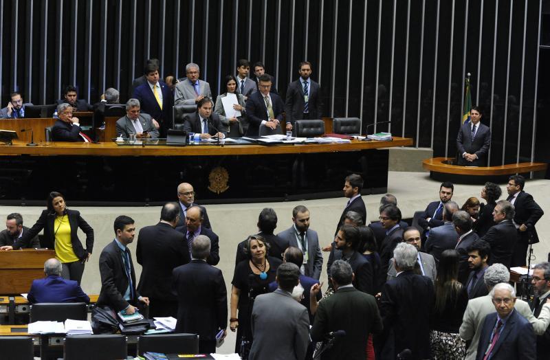 Câmara deve votar fim da desoneração da folha de pagamento para alguns setores