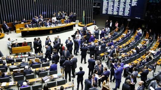 Câmara aprova reforma da previdência em 2º turno