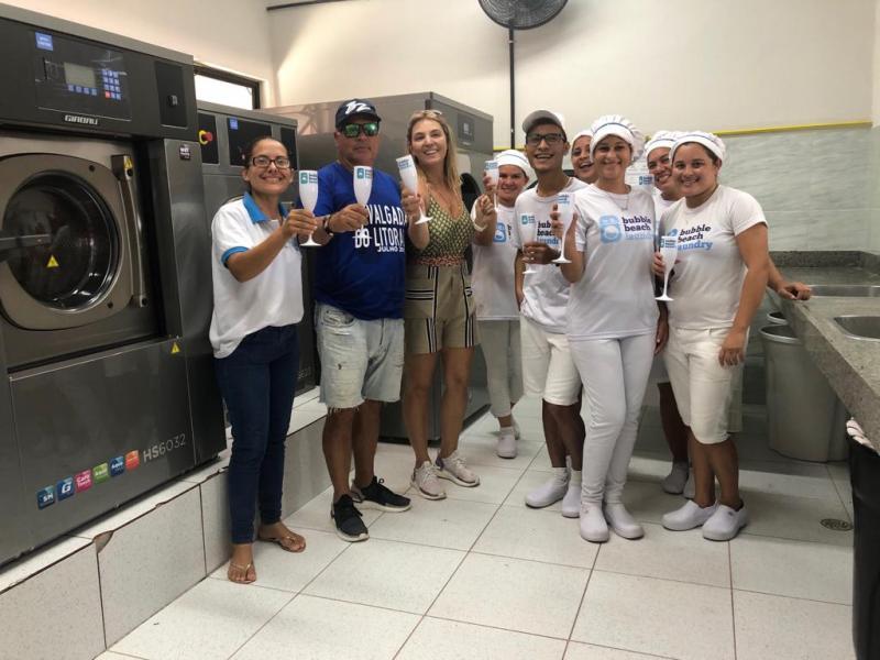 Lavanderia Bubble Beach comemora 1 ano de sucesso na Barrinha