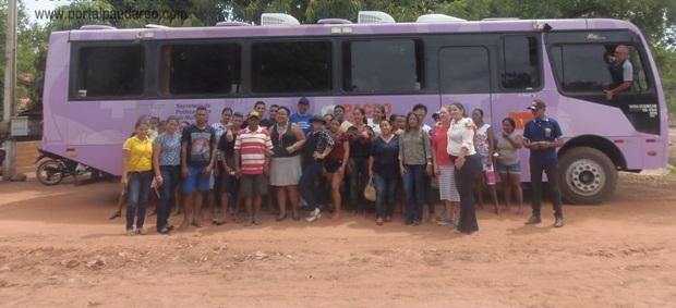 Ônibus Lilás leva atendimento para mulheres da zona rural de Pau D'arco do Piauí