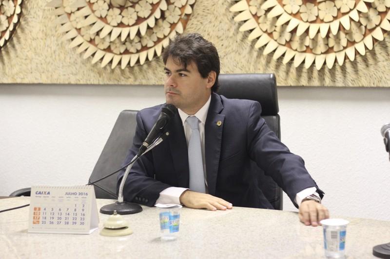 Deputados aprovam orçamento geral do Piauí para 2018
