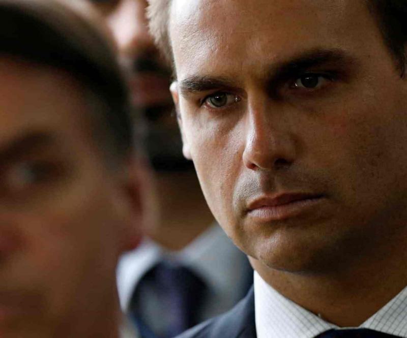 Itamaraty diz que recebeu aval para Eduardo na embaixada