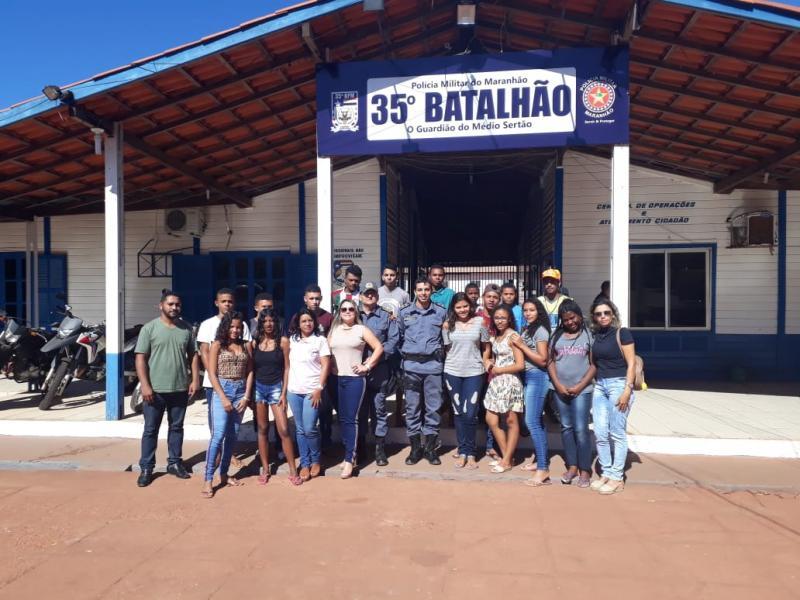 35º BPM recepciona alunos do projovem na cidade de São João dos Patos