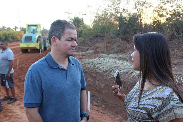 Rafael Leitoa visita fase final da obra de prolongamento da Avenida Piauí