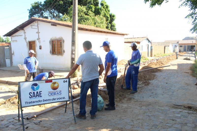 SAAE expande rede de abastecimento de água no Bairro Canela em Oeiras