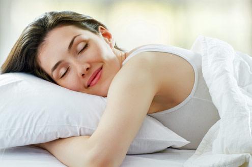 Pessoas otimistas dormem mais e melhor, diz pesquisa