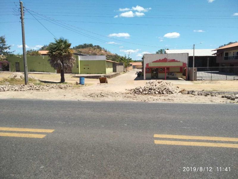Prefeitura de Monsenhor Gil realiza reparos no calçamento do bairro União
