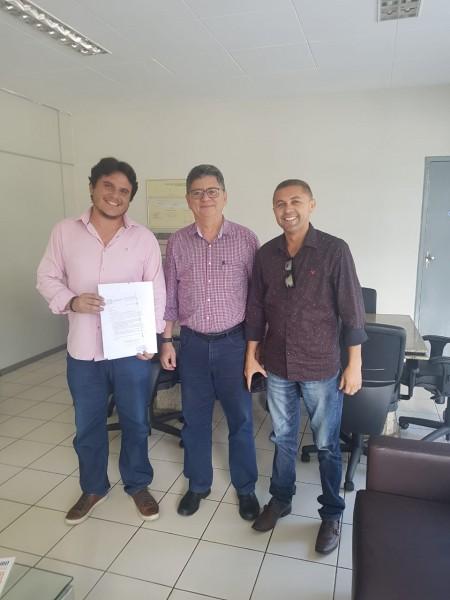 DNIT revitaliza sinalização horizontal em BRs de Floriano