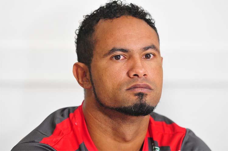 Goleiro Bruno tem propostas e pedirá à Justiça para voltar a jogar
