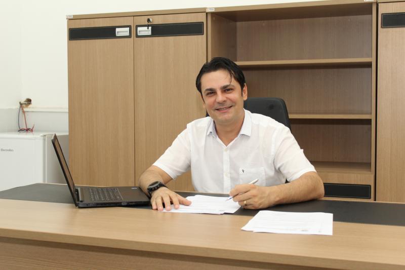 Prefeitura de José de Freitas efetua pagamento do 13º