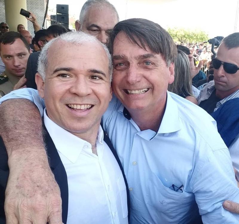 Beneditinense do INCRA compõem equipe que recepcionou Bolsonaro