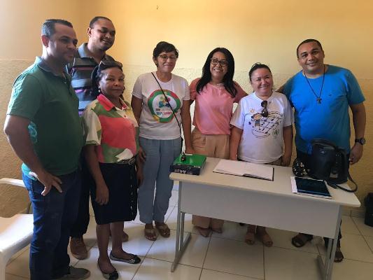 Prefeita Doquinha recebe equipe da Pastoral da Criança em Aliança