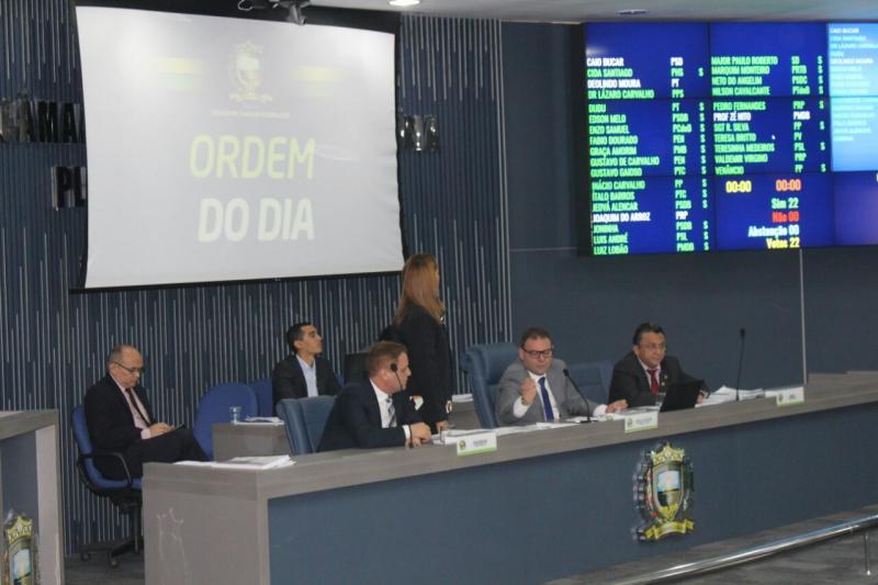 Vereadores vetam emendas ao projeto que regulamenta transporte público da zona rural