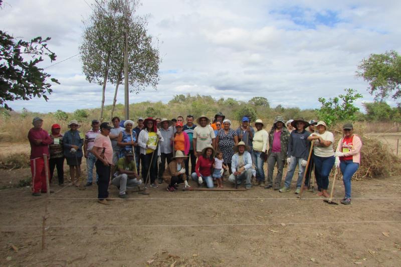 Novas metodologias para agricultura aplicado em curso na fazenda Caldeirão