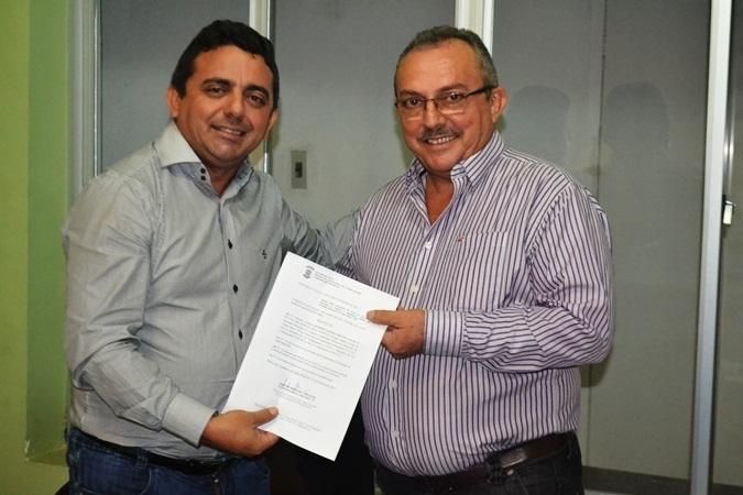 Prefeito de Campo Maior decreta luto oficial após falecimento de vereador
