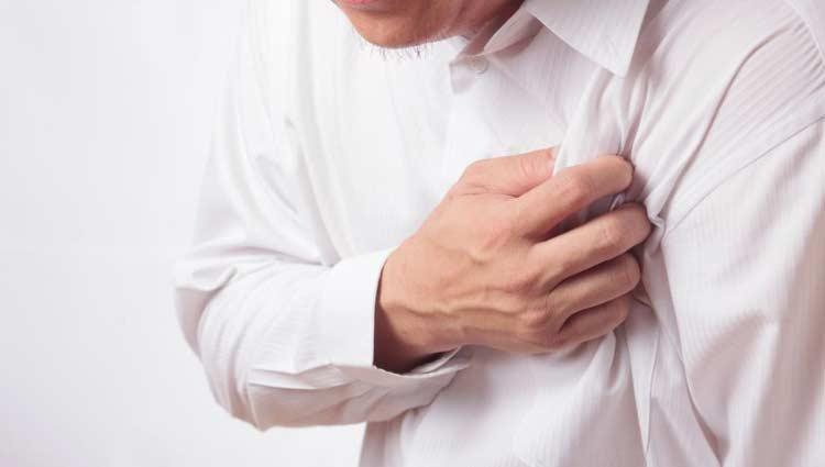 Insônia está associada a maior risco de infarto e AVC, aponta estudo