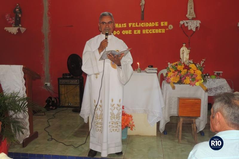 Pe. Eduardo preside Missa no encerramento dos festejos de São Bernardo