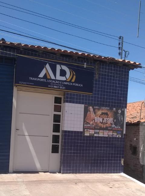 Dr. Macaxeira denunciado pelos Vereadores de oposição continua dando show