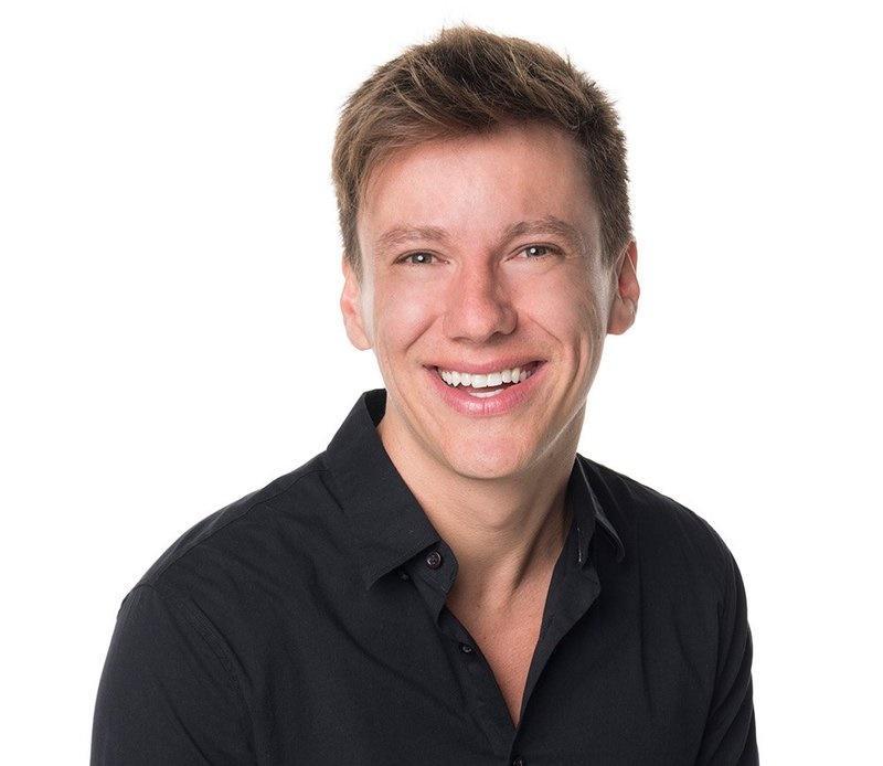 Repórter Felipe Suhre pede demissão da Globo