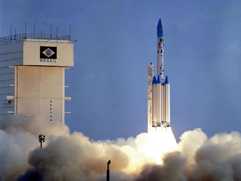 Comissão aprova que EUA usem base no Maranhão para lançar foguetes