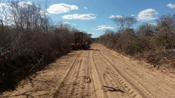 Prefeitura de Colônia do Gurgueia trabalha intensamente melhorando estradas