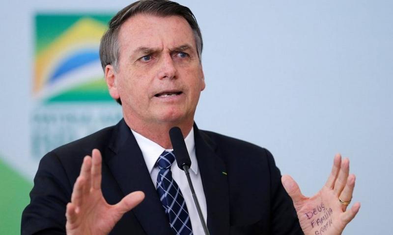 Bolsonaro diz que fazendeiros podem ter causado queimadas