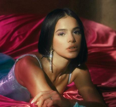 Bruna Marquezine estreia no cinema e comenta cenas de sexo