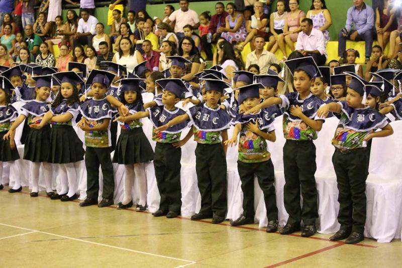 SEMED de Altos realiza Formatura do ABC para 243 crianças