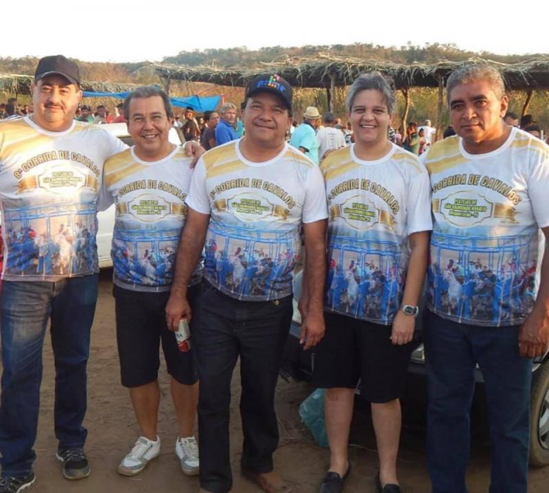 Prefeito Robertinho participa da 8ª Corrida de Cavalos em Miguel Leão
