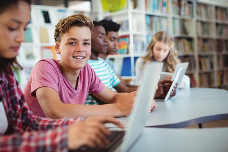 MEC planeja ampliar vagas para ensino médio em tempo integral