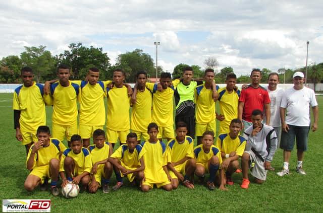 Superintendência de Esportes se torna referência no estimulo ao bom desempenho escolar