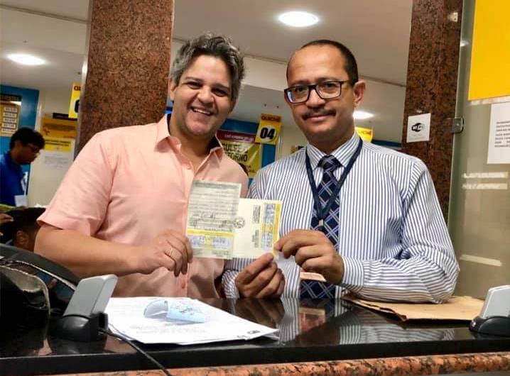 Prefeito realiza doação de veículo para a prefeitura de Miguel Leão