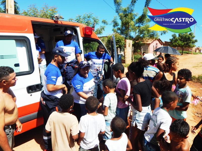 SAMU Solidário de Cristino Castro entrega 2.500 presentes para crianças carentes