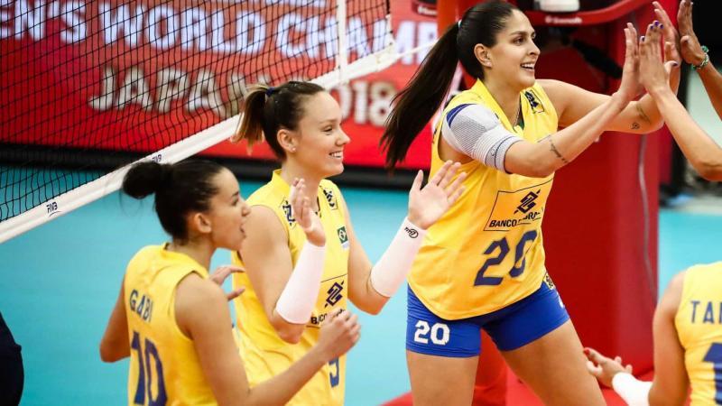 Seleção feminina bate Argentina e segue no Sul-Americano de vôlei