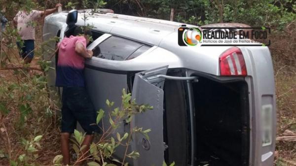 Criança de 1 ano e 11 meses morre em acidente de carro no Piauí