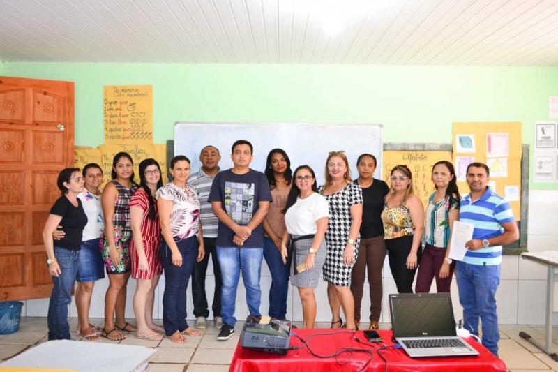 Secretaria municipal de educação de Sebastião Leal apresenta o PMALFA
