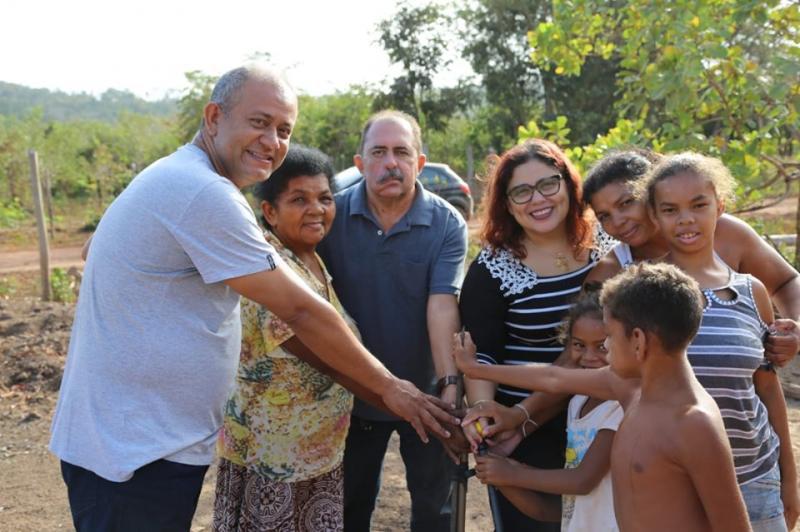 Altos | Patrícia Leal realiza vistoria em obra de abastecimento de água