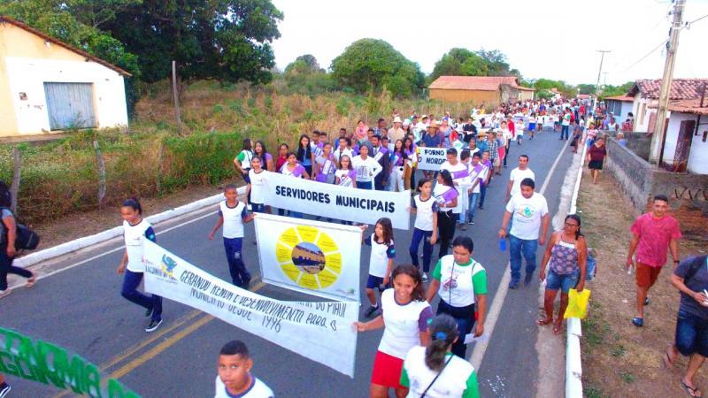 Lagoinha do PI realizou maior desfile cívico da história
