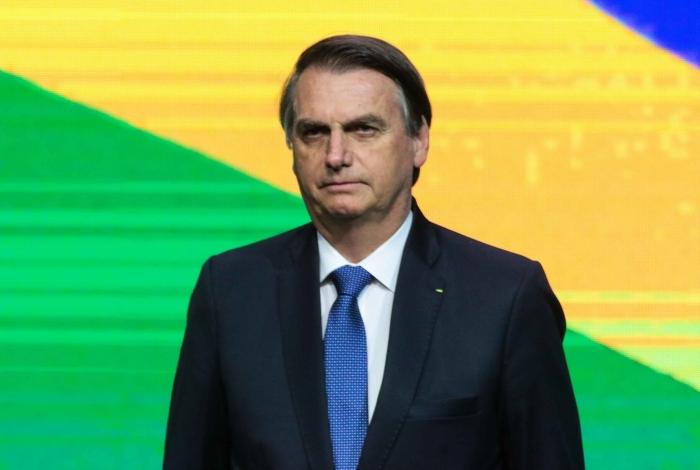 Bolsonaro passa por nova cirurgia neste domingo