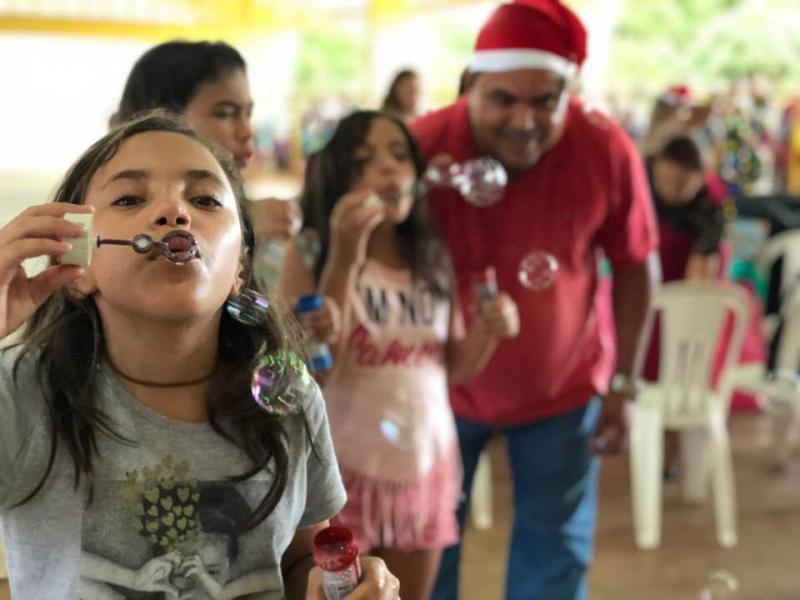 Prefeitura de Pau D'arco realizou festa de Natal para as crianças da cidade