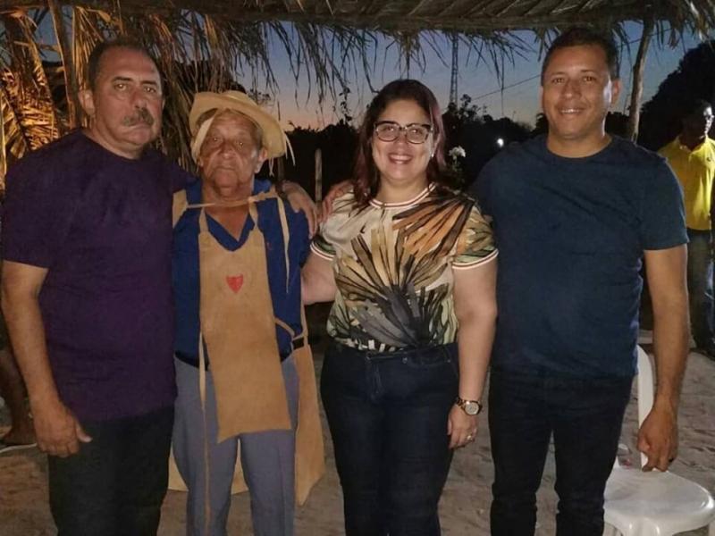 Altos | Prefeita participa de festa do vaqueiro na zona rural