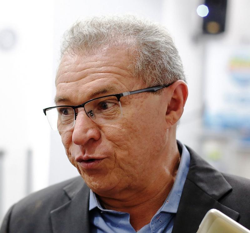 Após reeleição no PT, Assis Carvalho fala sobre metas para 2020