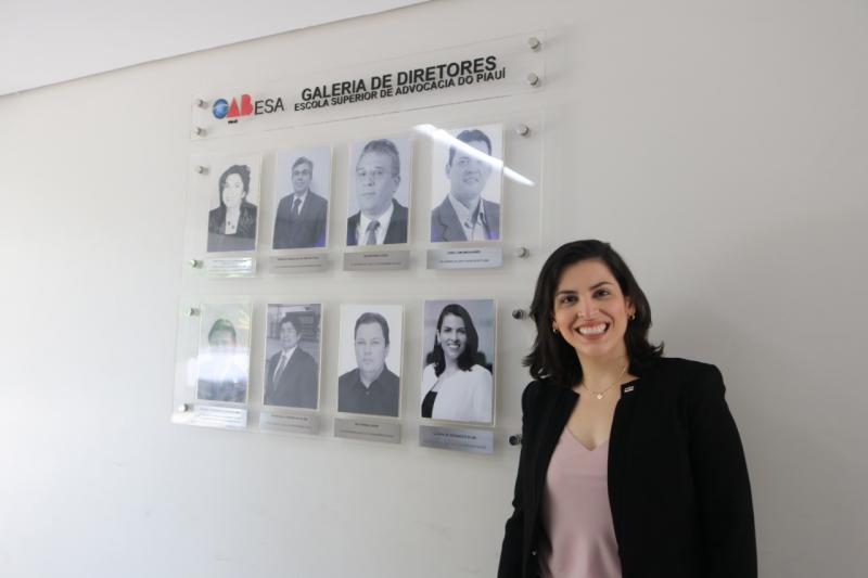 Ex-Diretora da ESA, Naiara Moraes é homenageada pela OAB Piauí