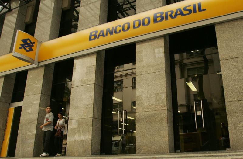 Bancos reabrem até quinta-feira para atendimento