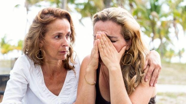 Como conversar com alguém que está pensando em suicídio