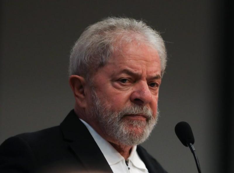 Lula e irmão são denunciados pela Lava-Jato por corrupção