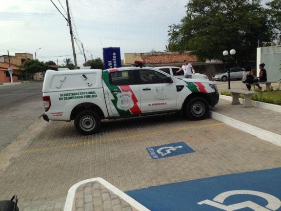 Mulher é presa após morder e chamar policial de 'macaco' no Piauí