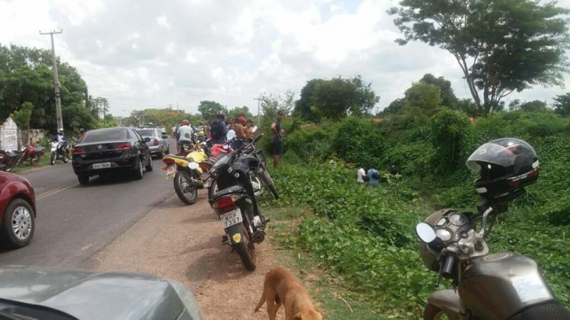 Garçom morre em acidente de moto em Teresina