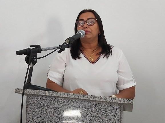 Lilian Alencar é a pré-candidata à prefeitura de Alegrete pela situação